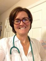 lisa morris bonsall takes selfie with stethoscope